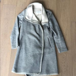 Babaton Grey wool Coat minor black stain on zipper